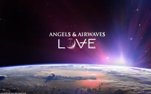 angel_and_aiwaves___love_wall_by_oskinn